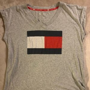 TOMMY HILFIGER GRAY VINTAGE LOOK S-SLEEVE TOP XL
